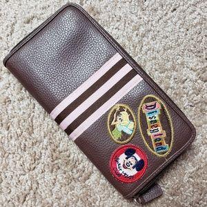 Disneyland Resort Embroidered Patch Mickey Zip
